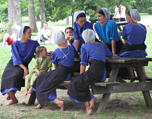 Amish teenage females | by mountaintrekker2001