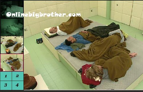 BB13-C4-7-18-2011-7_18_07.jpg | by onlinebigbrother.com