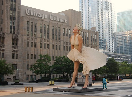 "Larger Than Life in Chicago - Seward Johnson's ""Forever Marilyn"" Sculpture 