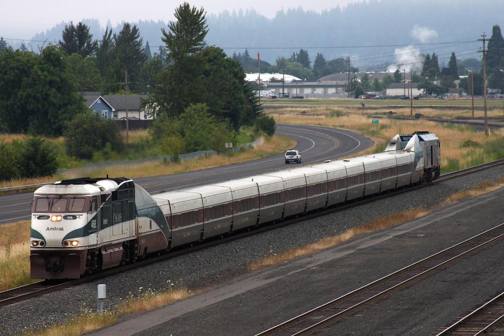 Amtrak >> Amtrak Cascades | Train #504 departs the Eugene, OR area ...