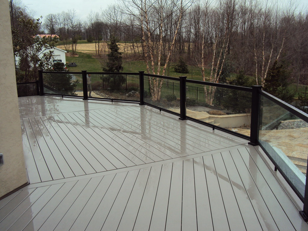 Deck With Glass Railing Timbertech Xlm Decking With A