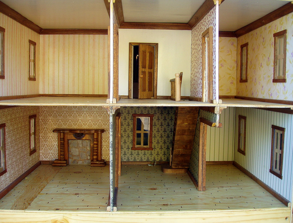 Interior victorian doll house by poppies woodshop for Victorian house interior designs