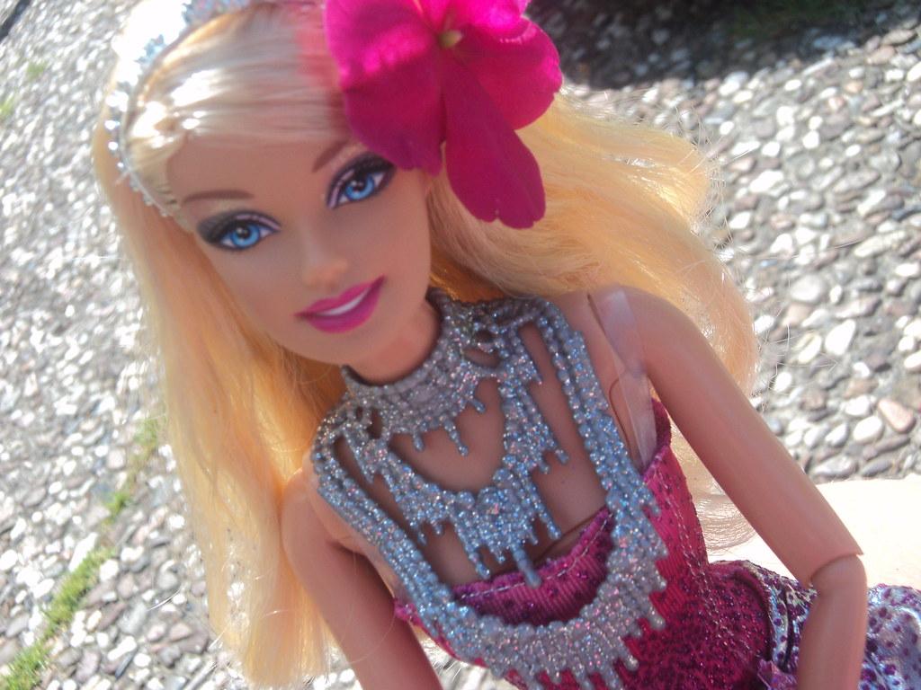 Most Inspiring Wallpaper Love Barbie - 5909512917_4fa9497bd9_b  Pic_573977.jpg