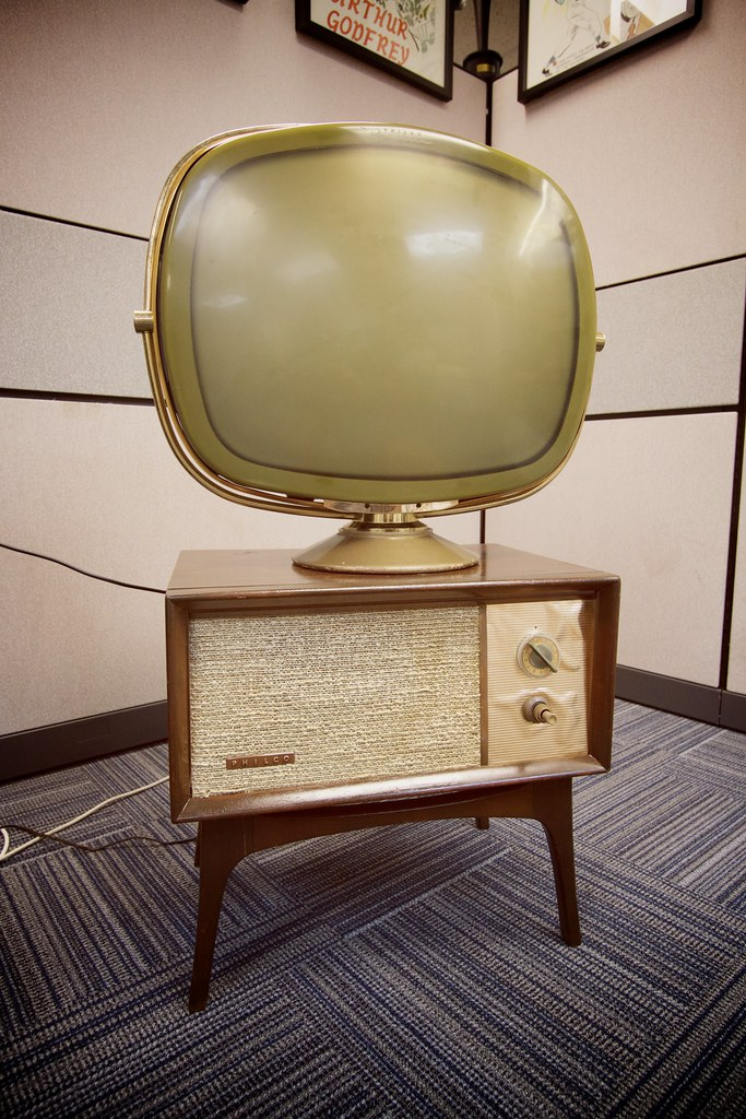 Early Philco television set | Marcin Wichary | Flickr