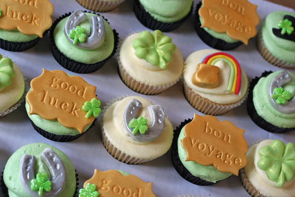 Irish Good Luck Cupcak...