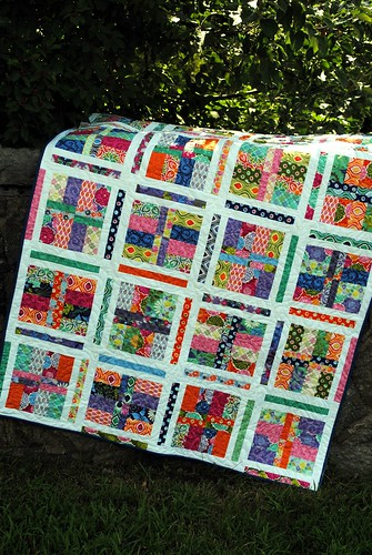 Under the Boardwalk quilt pattern by Sweet Jane's, Terrain fabric by Kate Spain | by sweetjanequilting