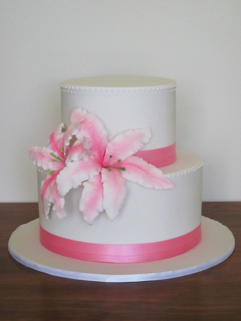 Pink sugar lily wedding cake. | Simple and pretty. Piped bea… | Flickr