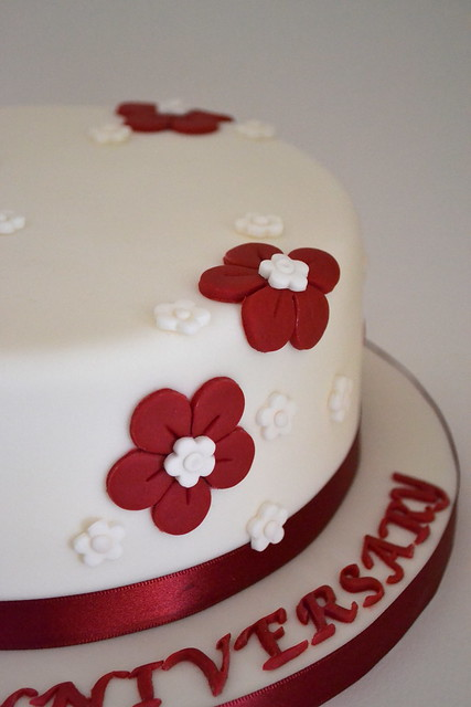 Cake Decorating Ideas For Ruby Wedding : Ruby Wedding Anniversary Cake Flickr - Photo Sharing!