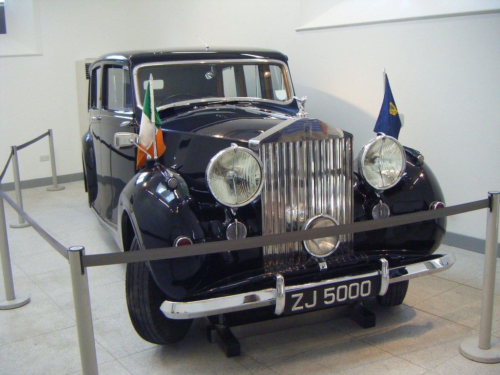 Presidential Car | The 1947 Royals Royce was purchased by th… | Flickr
