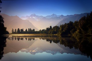 Morning sun . Lake Matheson . View to Mount Cook | by Uhlenhorst