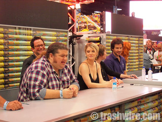 The cast of Lost signing | by trashwire