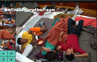 BB13-C4-7-24-2011-12_06_30.jpg | by onlinebigbrother.com