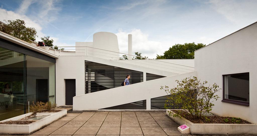 Villa Savoye Architect Le Corbusier Pierre Jeanneret