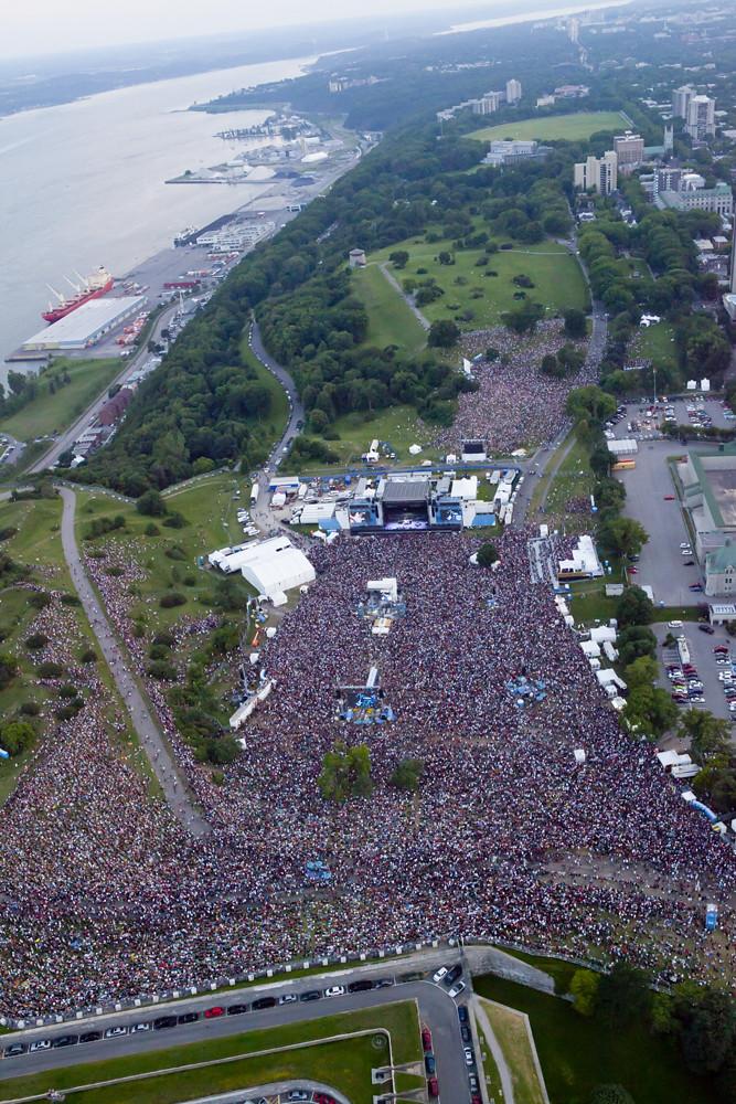 Vue aérienne de la foule au spectacle de Metallica | Flickr
