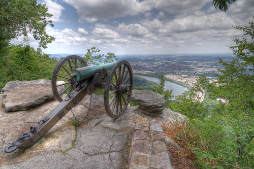 Views of Chattanooga - Canon on Lookout Mountain at Point Park | by Cliff Brane