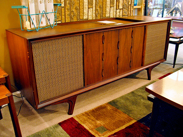 Rca Victor New Vista Stereo Console Anxiously Counting