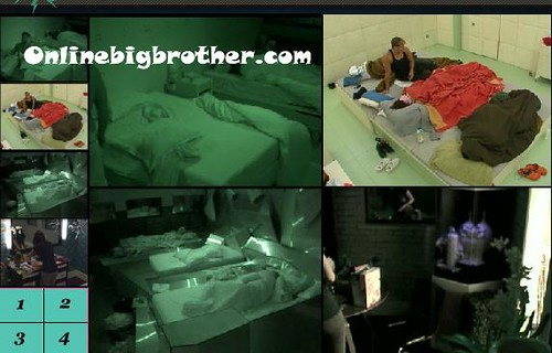 BB13-C2-7-30-2011-3_16_25.jpg | by onlinebigbrother.com