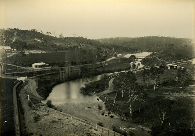 Happy Valley Reservoir construction - Clarendon pipework ...