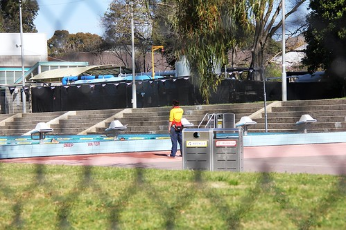 harold holt swim centre 2643 irony of a pool to be named. Black Bedroom Furniture Sets. Home Design Ideas