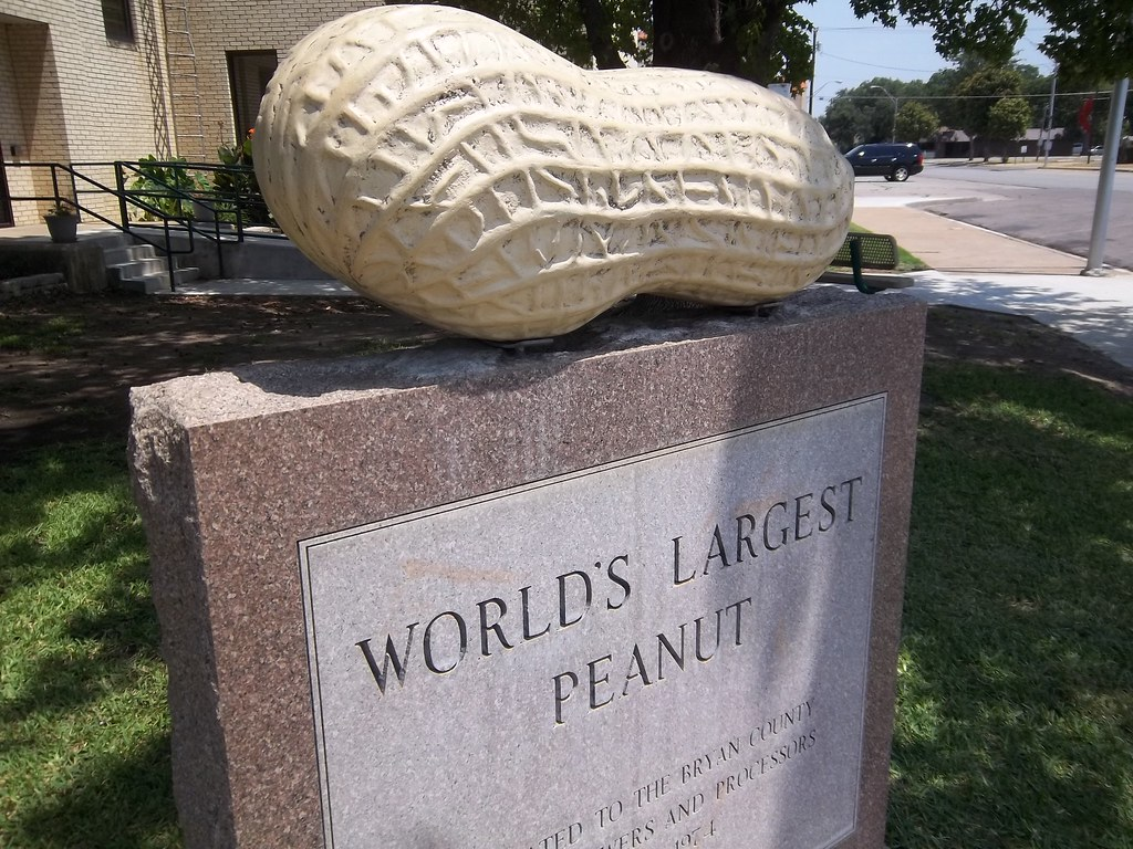 World S Largest Peanut 2 Durant Oklahoma You Never Know Flickr