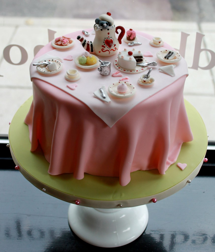 Tea Party Cake Images : Alice in Wonderland Tea Party Cake We made this one for ...