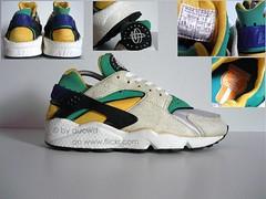 73edd57d99380 ... netherlands 80s 90s vintage nike air huarache shoes by aucwd 157d4 7dd5e