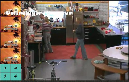 BB13-C1-8-7-2011-11_48_17.jpg | by onlinebigbrother.com