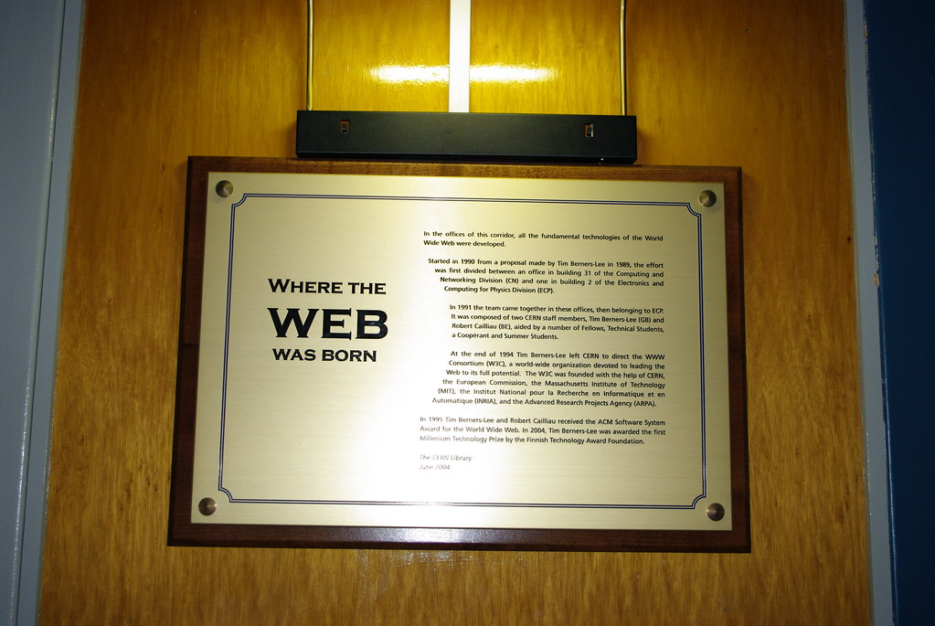 world wide web and new horizons
