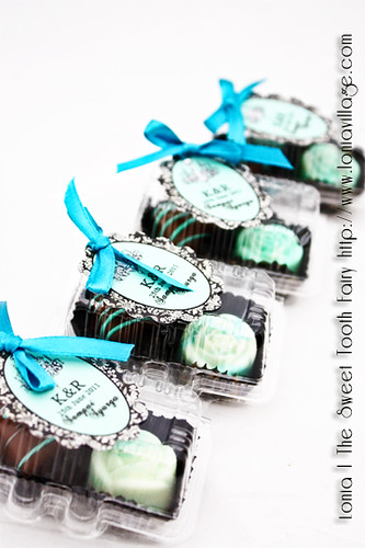 Budget Chocolate Door Gifts | by Lonia | The Sweet Tooth Fairy