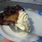 Schwarze Johannisbeer-Zitronenkuchen, umgedreht gebacken