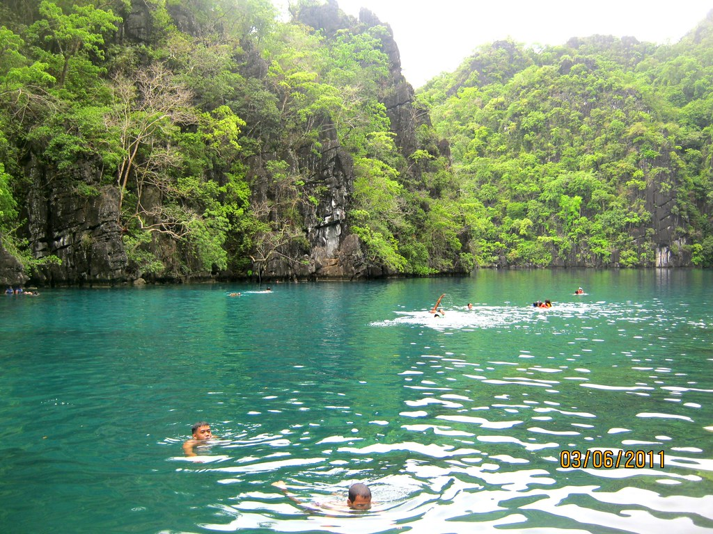 Kayangan Lake One Of The Cleanest Lakes In Southeast