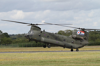 Boeing Chinook 05 | by Ronnie Macdonald