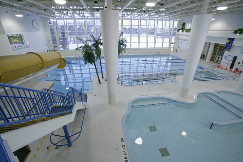 Bayview hill pool bayview hill community centre pool - Centennial swimming pool richmond hill ...