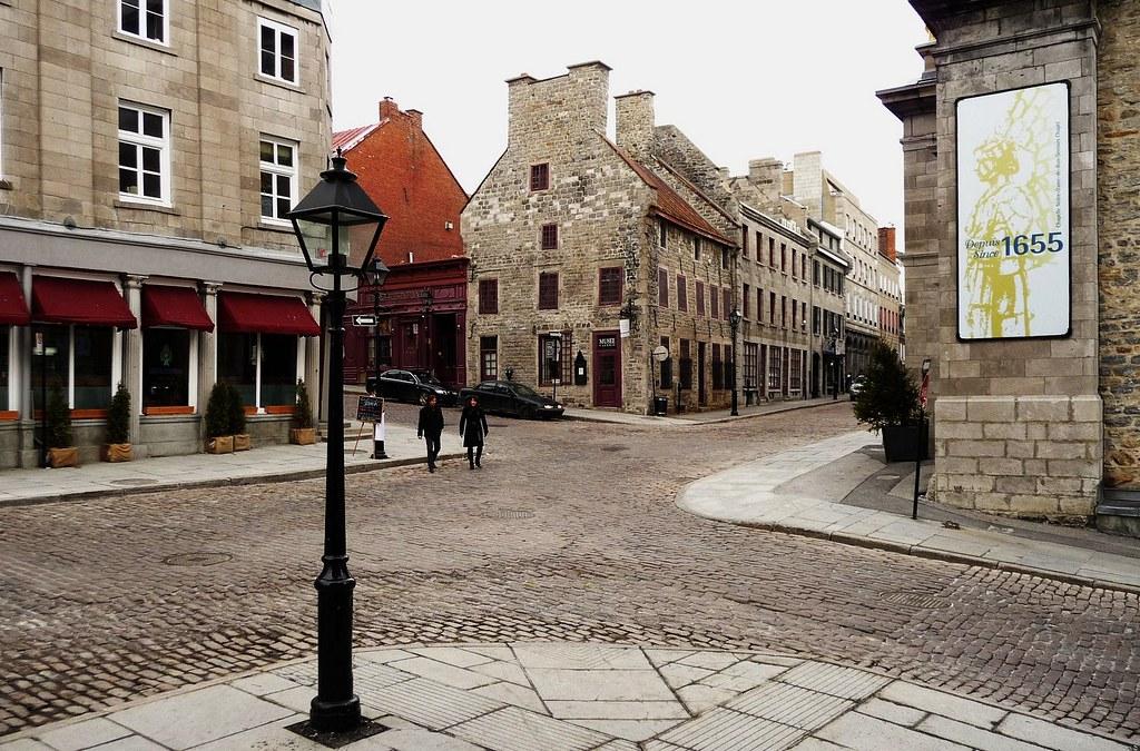 Vieux montr al 26 mars 2009 la rue saint paul est angl for A la maison de pierre et dominique montreal