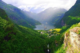 Norway - Geiranger fjord | by mamietherese1