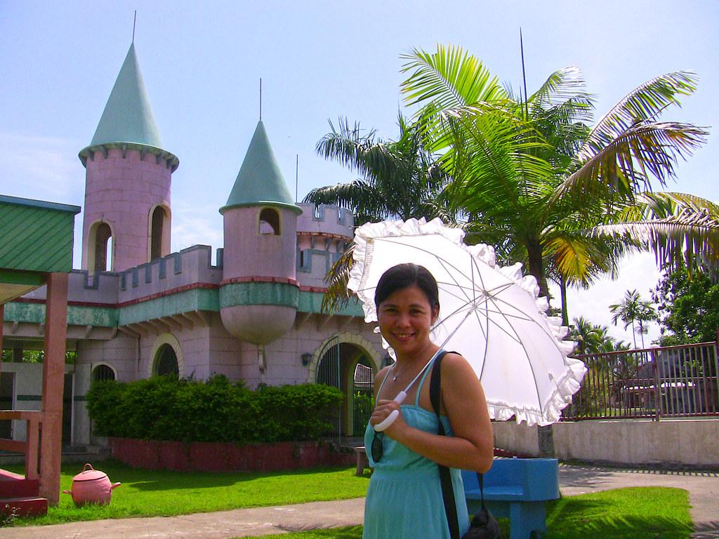 Davao Mergrande Ocean Resort Disney Castle Davao 2008 Flickr