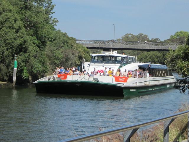 sydney parramatta ferry - photo#31