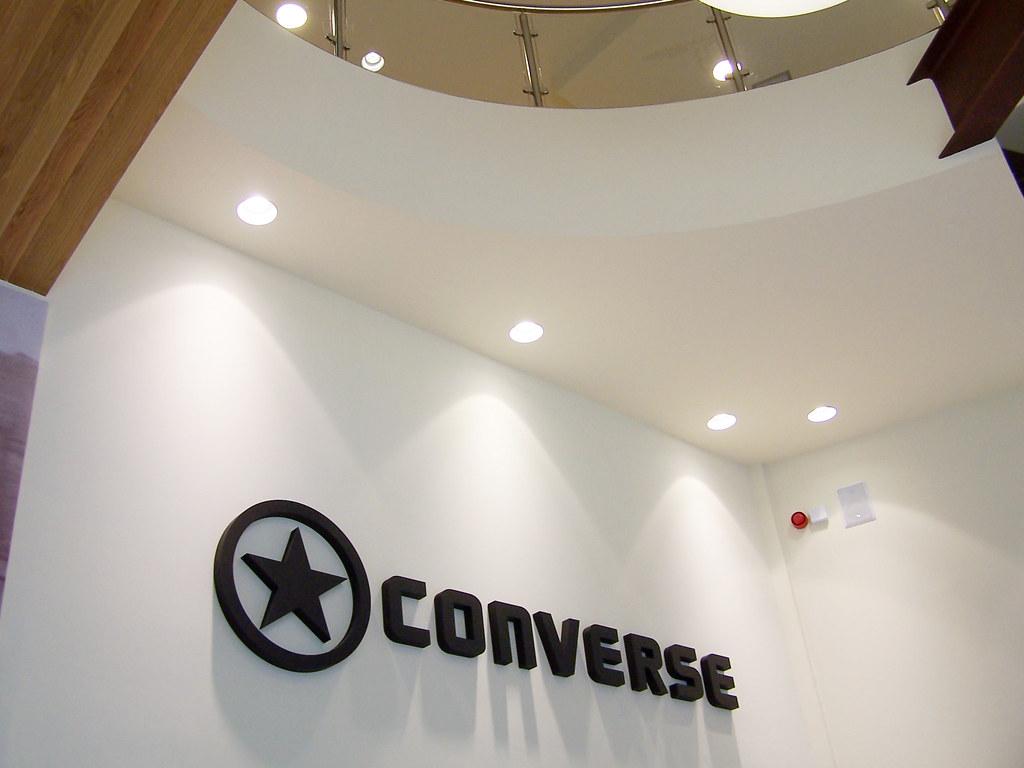 Showroom y oficinas converse vitoria gasteiz 08 for Oficinas vitoria