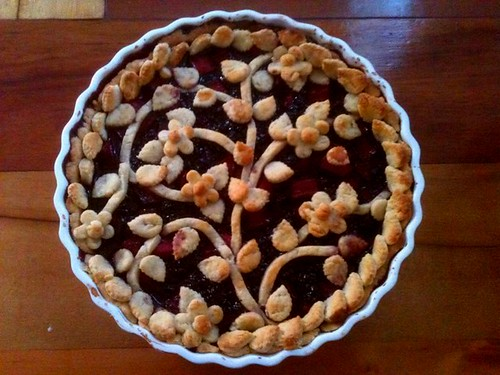 Apple & Blackberry Pie | by Electric Images