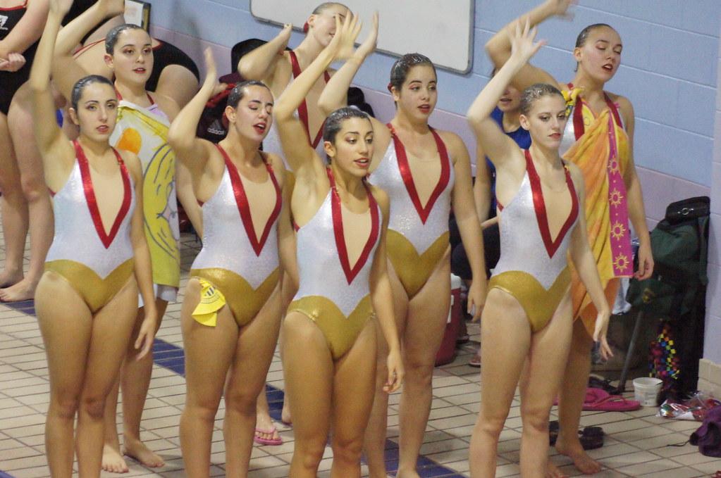 College synchronized swimming john abbott mcgill invitat for College john abbott piscine