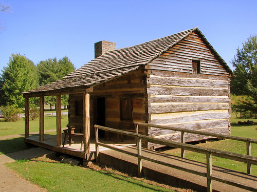 Davy Crockett replica birthplace cabin