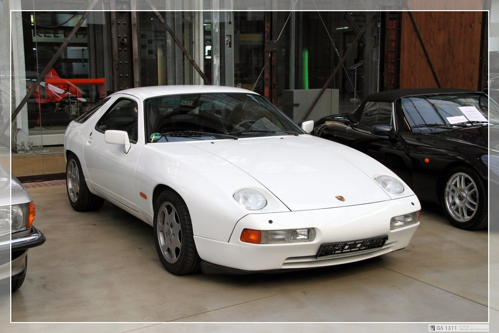 1988 Porsche 928 S4 Clubsport 01 The Porsche 928 Was A