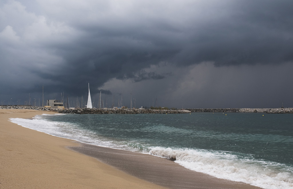Playa bellamar premia de mar gatodidi flickr for Piscina premia de mar