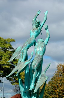 Freedom of the Human Spirit, Corona Park, Flushing Meadow, New York | by Marshall M. Fredericks Sculpture Museum