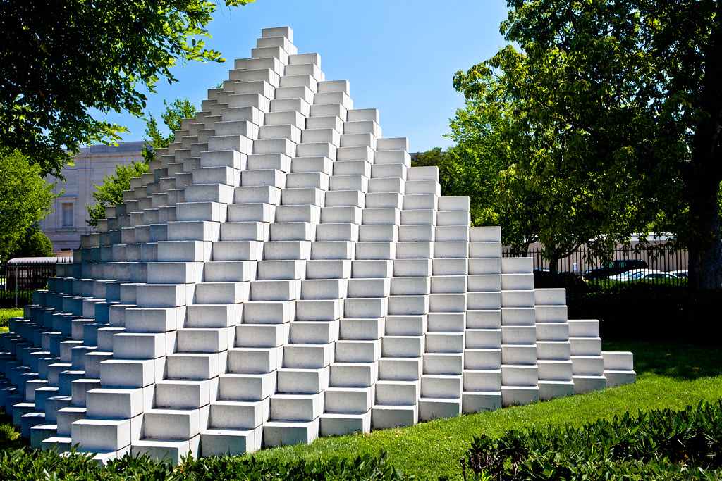 Sol Lewitt Four Sided Pyramid National Gallery Of Art