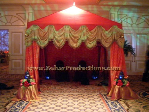 Arabian nights red tent the elaborate red and gold tent for Arabian tent decoration