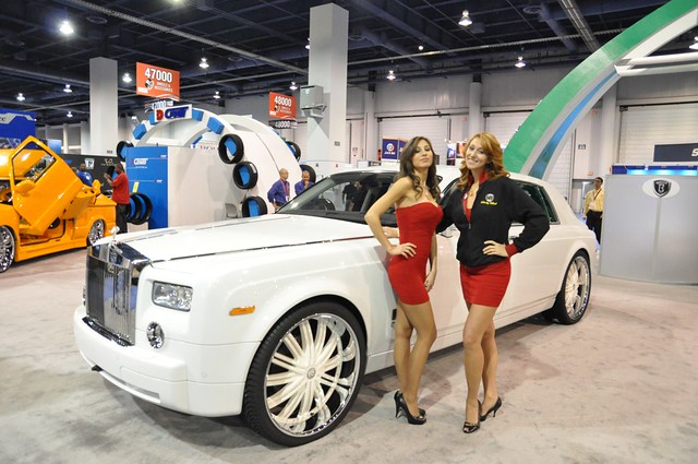 Rolls Royce Phantom White With Black Rims Rolls Royce Phantom White With