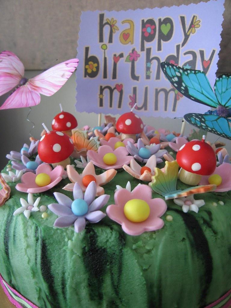Close up flower garden birthday cake a lemon lime cake cov flickr close up flower garden birthday cake by kiwigirlsteph izmirmasajfo