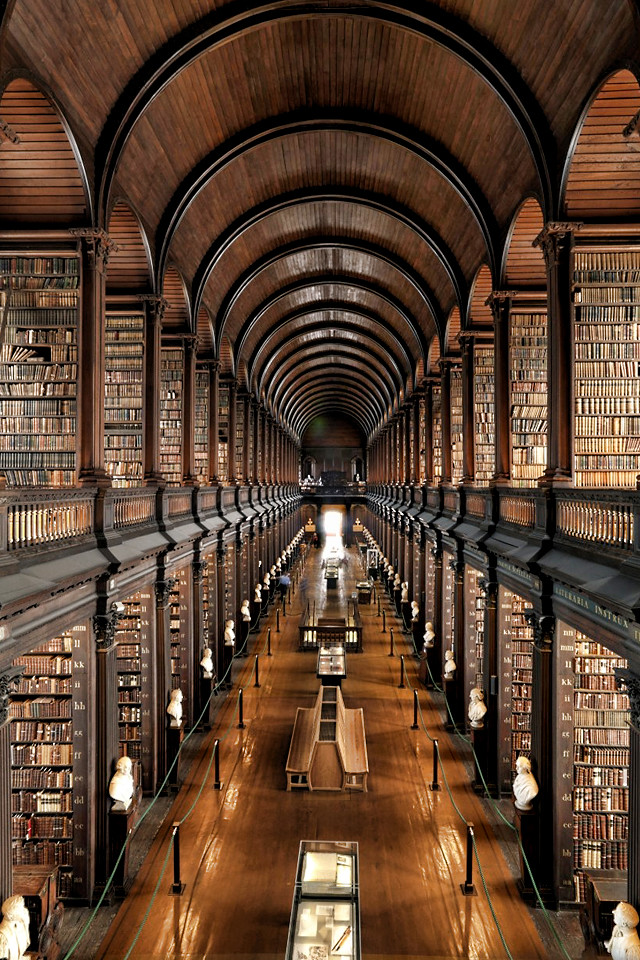 Trinity College Library Dublin Ireland Trinity College Library 1 of