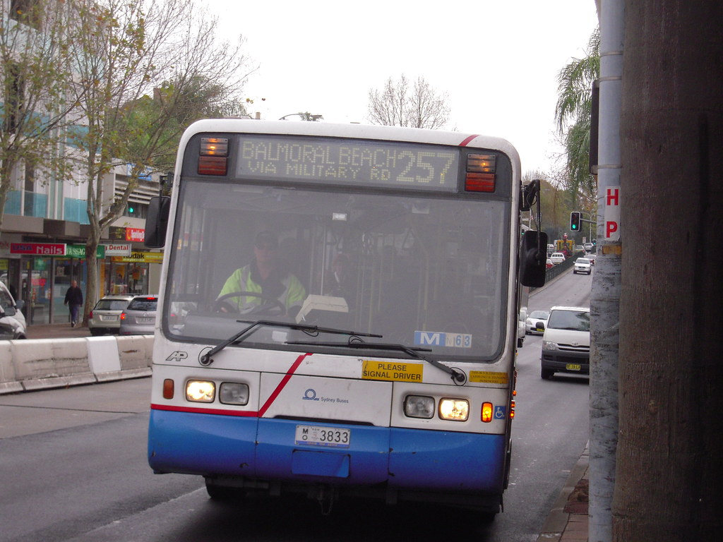 Sydney Bus  Balmoral Beach Via Military Road Stops For Passengers At